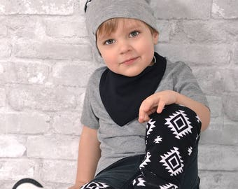 Leg warmers for child - baby - evolutionary - reversible - winter - spring - unisex - portage - gift - made in Quebec - black and white