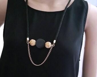 Long Women Necklace Beaded Bar Pendant, Black & Gold Necklace for Women, Teacher Christmas Gift, Retro Bohemian Long Necklace for Women