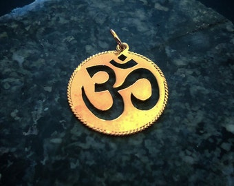 14k gold Handcrafted Om Pendant, Gold Jewelry, Handmade Pendant, Om pendant, Fine Jewelry