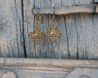 Brass Earrings Geometric / Boucles d'Oreilles geometrique en laiton