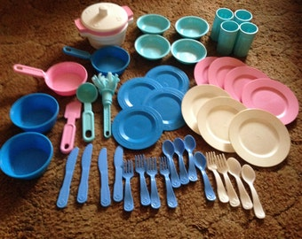 Vintage Fisher Price dishes