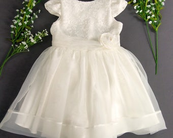 Ivory Junior Bridesmaid Dress, Girls Easter Dress, Flower Girls Dress, Girls Party Dress, Confirmation Gifts for Girls, Bridal Shower