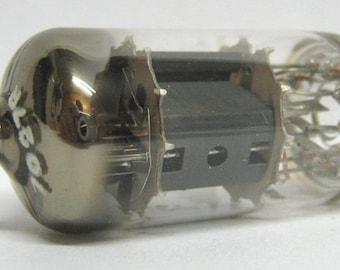 Vacuum tube 6TP15 Magnadyne