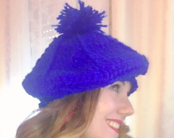 Ribbed blue beret with pom pom
