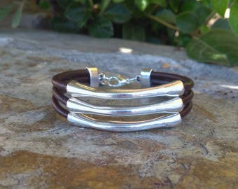 Bracelet brown leather and silver rods
