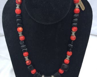 Coral and Onyx Bead Necklace