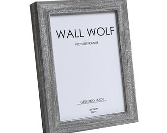 Photo frame mid grey with white wash