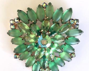 Wonderful 1960s Green Brooch