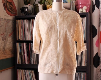 vintage nylon and lace blouse by Vanity Fair . nude off white nylon top, button front . womens size large xl