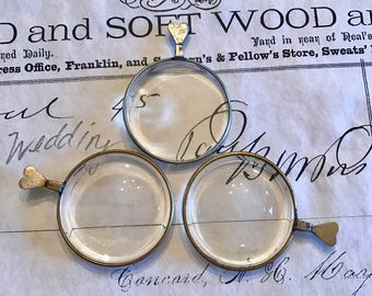 3 Rare Old HEART Shaped OPTICAL Concave Len Jewelry Pendant Steampunk Altered Art Mixed Media Industrial Antique Lens Curiosity Cabinet 125W