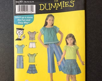 Simplicity 4206 Easy to Sew  Girl's Pullover top, Skirt and wide cropped pants or shorts  Sizes 7,8,10,12,14