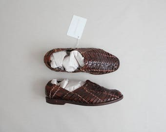 woven leather loafers | men's 7.5 flats | women's 9 flats