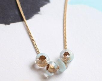 cuatro in blue – minimalist beaded necklace