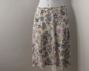 Vintage Floral Mini Skirt by XOXO size 3, vintage a-line skirt