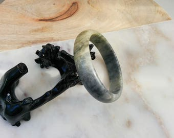 Vintage genuine nephrite jade jadeite bangle bracelet in marbled matte yellow green and blue gray. Gemstone bangle, ethnic jewelry 60 mm