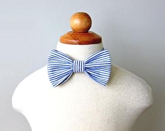 Navy Seersucker Bow Tie, Boys Seersucker Bow Tie, Boys Bow Tie, Ring Bearer Bow Tie, Toddler Bow Tie, Kids Bow Tie, Blue and White Bow Tie