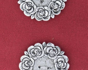 Button set of 4 , 2 hole , Plated plastic , Antique silver finish , sold 4 each OB9718AS