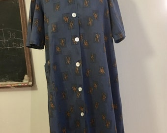 Vintage Roman Soldiers Blue and Gold Day Dress with Pockets 40s Era Button Front L or XL