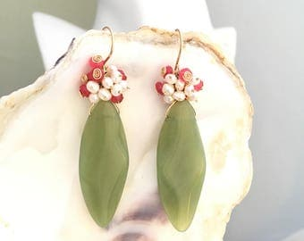 New Jade Marquise Olive Green  Dangle Earrings Hanging on a Hand-crafted Fishhook Ear Wires Made of 14K Gold Filled - WOW202