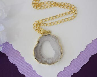 Druzy Necklace Gold, Gold Geode Necklace, Crystal Necklace, Gold Geode Slice Druzy, Healing Stone, Natural Stone, Pendant, GG63