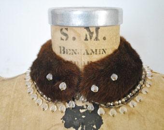 1940s Brown Mink Fur Collar / beaded