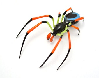 Confetti ZigZag Spider - lampworked lifelike glass arachnid spider figurine made by Glass Artist Wesley Fleming