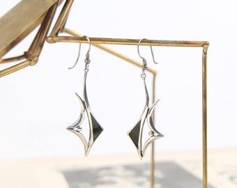 sterling + onyx modernist earrings vintage 925 black + silver pierced dangle pendant drops mid century modern