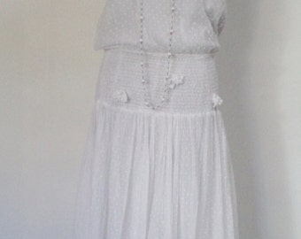 vintage drop waist dress, 20s look dress, double sleeves, bows with pearls, AMAZING details, 70s vintage dress,, long white dress