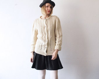 70s cream wool cardigan. cable knit cardigan. chunky knit Nordic cardigan. winter sweater - medium