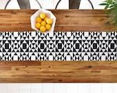Black and White Geometric Table Runner // Table Linens // Kitchen Decor // Rhythm Design // Tribal Pattern // Table Decoration // Modern Geo