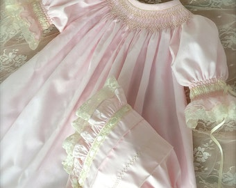 Matching Bonnet and Dress Baby Pale Pink Hand Smocked Heirloom Dress and Girl Vintage  Size NB to 5 Matching Dress and Bonnet