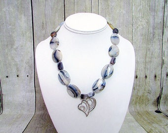 Botswana Agate Necklace with Heart Pendant – AG12 -