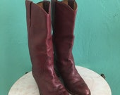 Free Domestic Shipping ~ vintage oxblood boots // 70's burgundy cowboy boots size 9 size 40 shoe