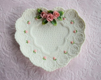 PINK Rose HEART PLATE Ganz Porcelain Lace Display Floral Flower Shabby Chic Beach Cottage Wall Decor Valentine Day Hanging 3d Emboss Scallop