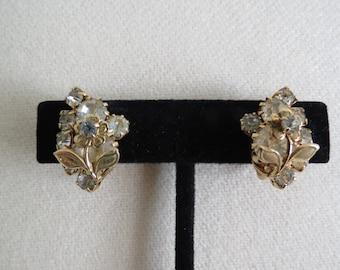 1950s 1960s Vintage Rhinestone Earrings - Goldtone Clip On - Midcentury Costume Jewelry