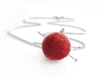 Knitting Necklace - Knitting Jewelry, Gift for Knitters, Yarn Necklace, Ball of Yarn and Knitting Needles Necklace
