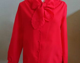 """Vintage 70's-80's Kaki Roberts California Long Sleeved Red Blouse with Scolloped Embroidered Bow Bust 41"""" Waist 40"""""""
