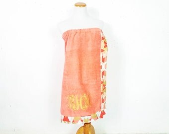 Towel Wrap, Shower Wrap, Graduation Gifts, Bridal Gifts, Bridesmaid Gifts, Bath Wrap, Beach Cover Up, Monogrammed Towel, Spa Party Favor