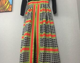 Vintage 1970s graphic houndstooth hostess gown dress jumpsuit sz XS S