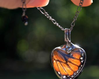 Butterfly Necklace, Monarch Butterfly Necklace, Heart Necklace, Butterfly Wing Necklace, Butterflies, Necklace Butterfly, Monarch (2765)
