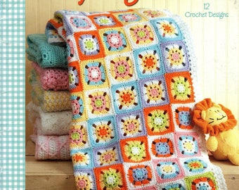A YEAR Of BABY AFGHANS Book 4 Crochet Leisure Arts 4439 c. 2008 Flowers Patriotic Granny Square Ripples