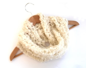 Cream lace Cowl , Feminine Scarf knit in Chunky Loop Kid Mohair , mohair scarf , cream women's scarf , natural wool cowl , mohair cowl