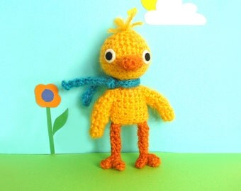Chico the cute crochet chick, amigurumi chick in yellow, Easter gift, gift for kids