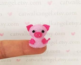 Felt Miniature - Felted Miniature pig - Felted pig - pink piggy felted miniature - piggy miniature - tiny piggy - felted pink pig