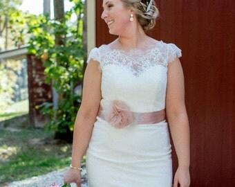 Blush Bridal Sash with Rhinestone Applique Embellishment , Blush Silk Organza Bridal Belt, Rhinestone Bridal Sash
