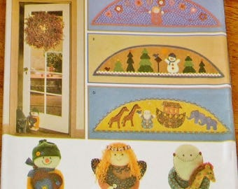 Craft Sewing Pattern Simplicity 4423, Decorative Doorway Arches, Snowman Angel Noah Giraffe Whimsical Door Stop Dolls, Uncut Factory Folds
