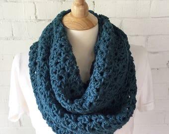 PATTERN - Laurel Infinity scarf