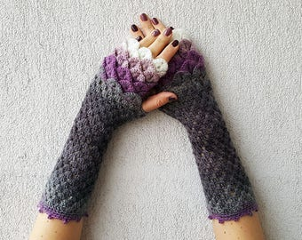 Dragons gloves Fingerless gloves Wrist warmers Cute arm warmers in violet gray white Womens fingerless gloves Scaled Fingerless mittens