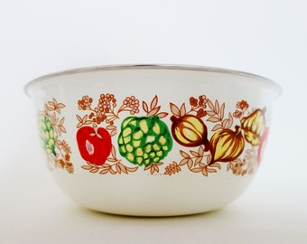 Vintage Enamel Salad Bowl with Vegetables Pattern All Around