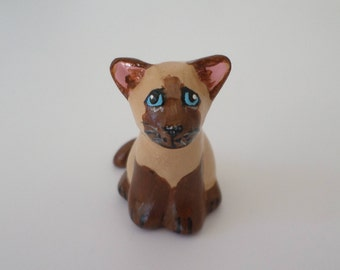 Miniature siamese cat figurine,  clay cat sculpture #160